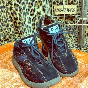 Dolce & Gabbana Junior Suede booties Sz 32